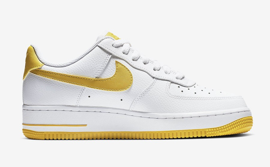 nike air force 1 07 jaune