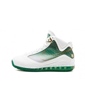 "Nike Air Max LeBron 7 ""More Than A Game"" Blanche/Blanche-Métallique Or-Vert 375664-178"